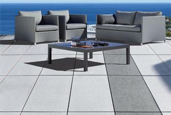 Terrasse wege einfahrten planen und gestalten h usler for Poolrand gestalten